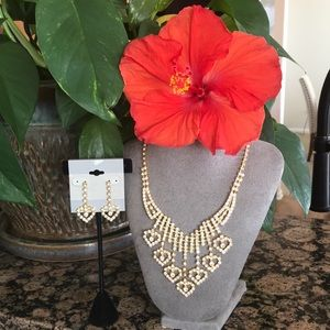 Jewelry - Rhinestone necklace with earrings set
